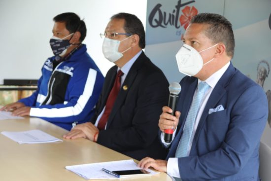 La información sobre la circulación vial en feriado la dio a conocer la Comisión de Movilidad de Quito