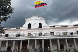 En un decreto ejecutivo se informa quiénes acompañarán al Jefe de Estado en la visita a EE.UU.